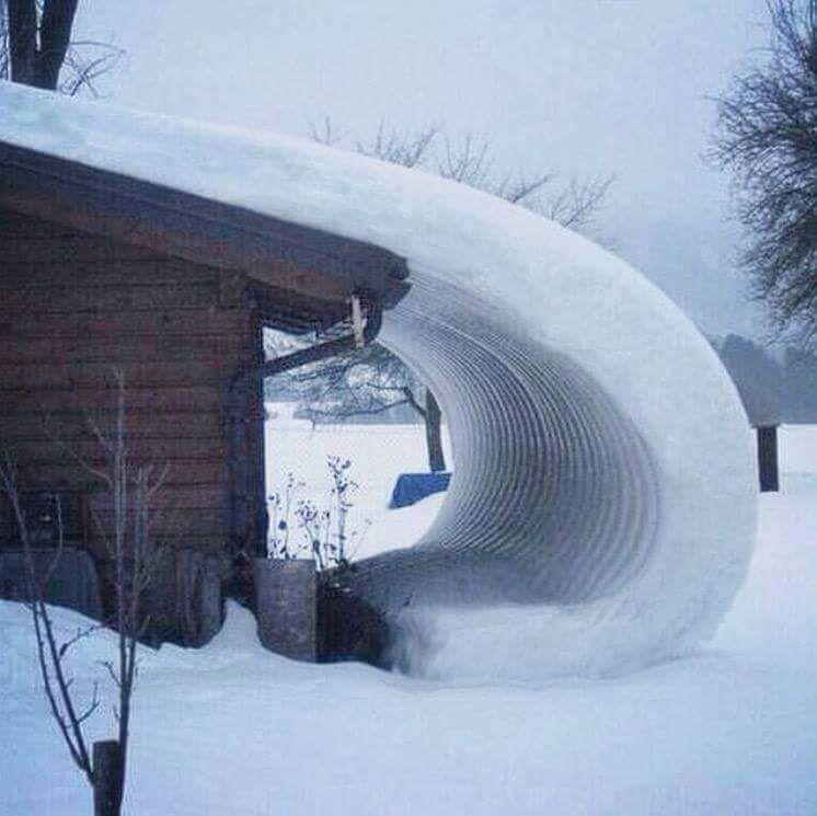 Kriechender Schnee wie ein Gletscher